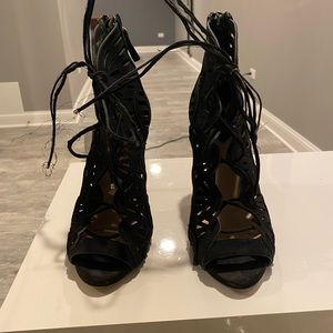 Zara black suede laser but sandals as 39